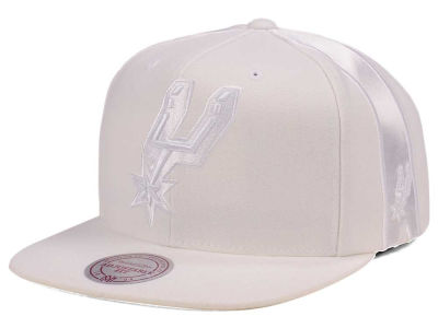 San Antonio Spurs Mitchell & Ness NBA Tonal Short Hook Snapback Cap