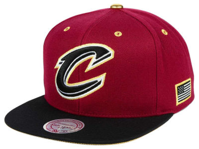 Cleveland Cavaliers Mitchell & Ness NBA Gold Tip Snapback Cap
