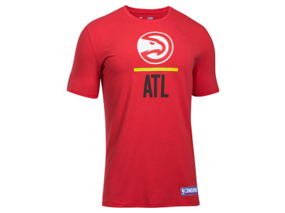 Atlanta Hawks Under Armour NBA Men's Lockup T-Shirt