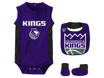 Sacramento Kings Outerstuff NBA Newborn Overtime Creeper Bib & Bootie Set