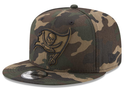 Tampa Bay Buccaneers New Era NFL Camo on Canvas 9FIFTY Snapback Cap