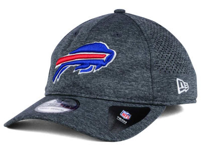 Buffalo Bills New Era NFL Shadow Tech 39THIRTY Cap