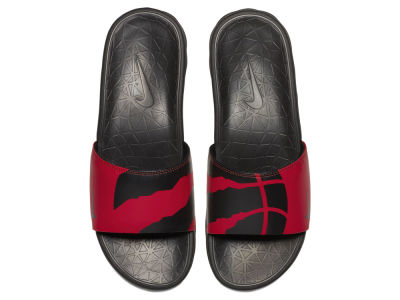 Toronto Raptors Nike Men's Benassi Solarsoft Slide Sandals