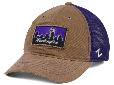 Washington Huskies Zephyr NCAA Landmark Natural Cap