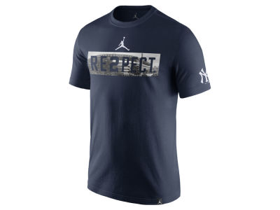 New York Yankees Derek Jeter MLB Men's Re2pect Stadium T-shirt
