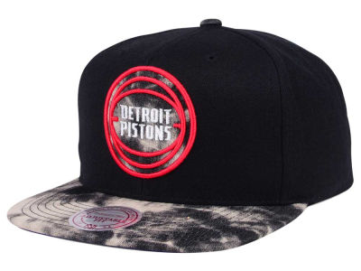 Detroit Pistons Mitchell & Ness NBA All Color Acid Wash Snapback Cap
