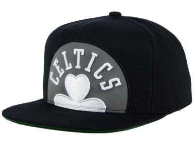 Boston Celtics Mitchell & Ness XL Reflective Cropped Snapback Cap