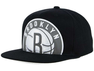 Brooklyn Nets Mitchell & Ness XL Reflective Cropped Snapback Cap