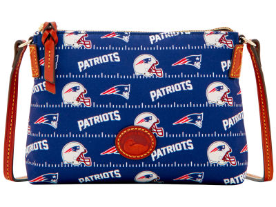 New England Patriots Dooney & Bourke Nylon Crossbody Pouchette