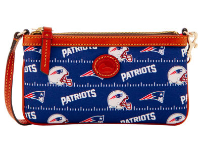 New England Patriots Dooney & Bourke Nylon Wristlet