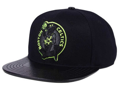 Boston Celtics Pro Standard NBA Black Volt Strapback Cap