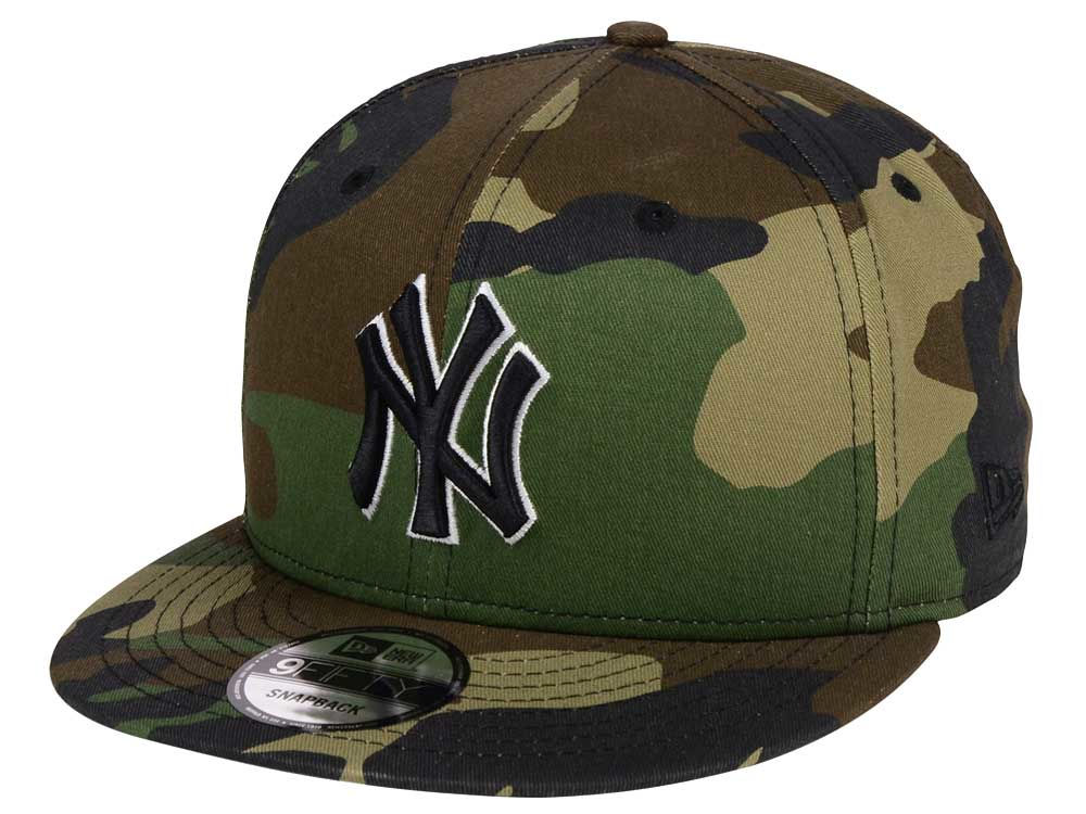 9e55f9b720b New York Yankees New Era MLB Woodland Black White 9FIFTY Snapback Cap