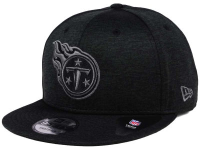 Tennessee Titans New Era NFL Shadow Black Graph 9FIFTY Snapback Cap