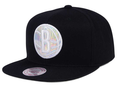 Brooklyn Nets Mitchell & Ness NBA Easy Hologram Snapback Cap