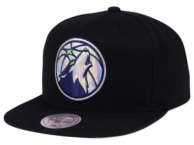 Minnesota Timberwolves Mitchell & Ness NBA Easy Hologram Snapback Cap