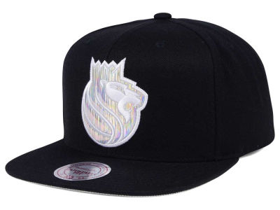 Sacramento Kings Mitchell & Ness NBA Easy Hologram Snapback Cap