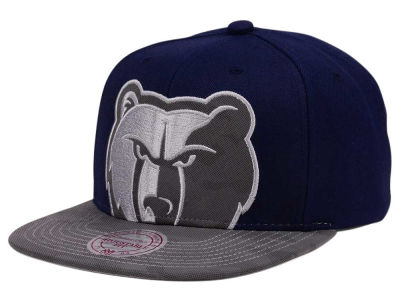 Memphis Grizzlies Mitchell & Ness NBA Reflective Cropped Camo Snapback Cap