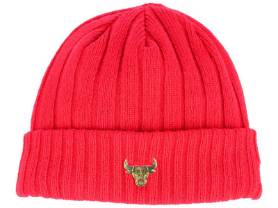 Chicago Bulls New Era NBA Badge Slick Cuff Knit