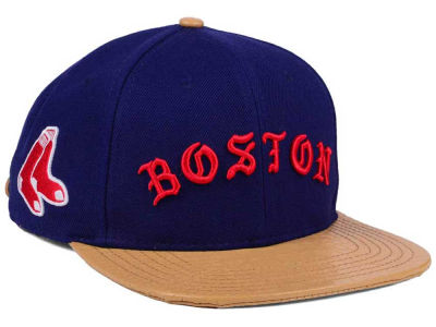 Boston Red Sox Pro Standard MLB Old English Strapback Cap