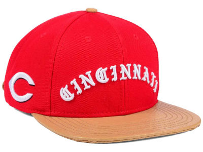 Cincinnati Reds Pro Standard MLB Old English Strapback Cap