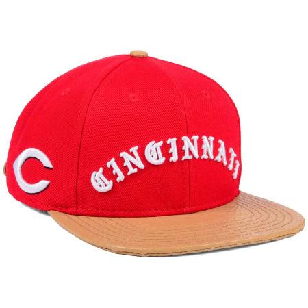 Cincinnati Reds Pro Standard MLB Old English Strapback Cap