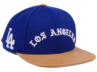 Los Angeles Dodgers Pro Standard MLB Old English Strapback Cap
