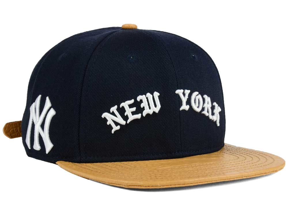 f709c9e528b New York Yankees Pro Standard MLB Old English Strapback Cap