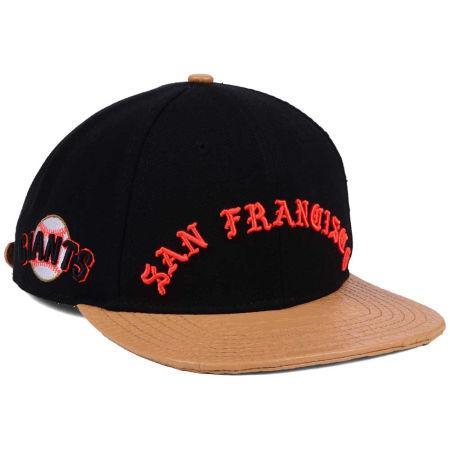 San Francisco Giants Pro Standard MLB Old English Strapback Cap