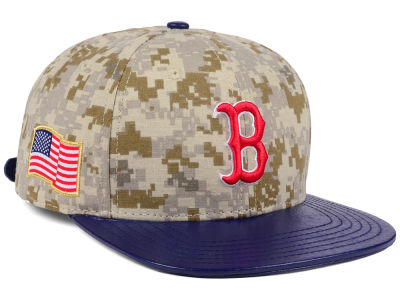 Boston Red Sox Pro Standard MLB Digi Camo Strapback Cap