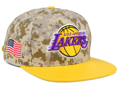 Los Angeles Lakers Pro Standard NBA Digi Camo Strapback Cap