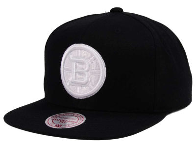purchase cheap dd739 f5c79 Boston Bruins adidas NHL Respect Snapback Cap