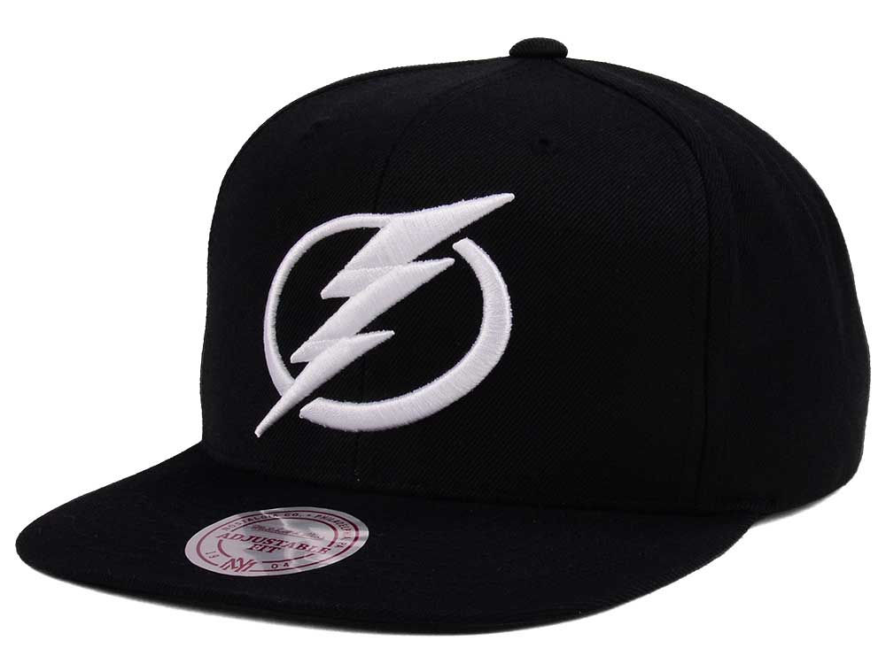 new concept fbb8a 1483a ... discount code for tampa bay lightning adidas nhl respect snapback cap  6d42e b122b