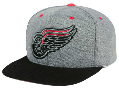 Detroit Red Wings adidas NHL Heather Snapback Cap