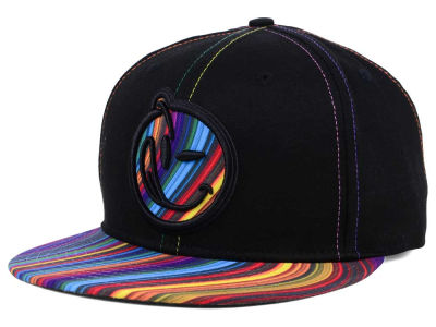 YUMS Lightricity Snapback Cap