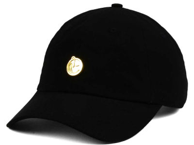 YUMS Classic Metal Dad Hat