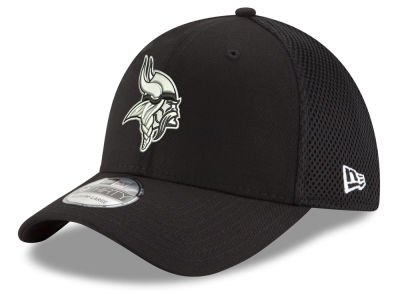 Minnesota Vikings New Era NFL Black & White Neo 39THIRTY Cap