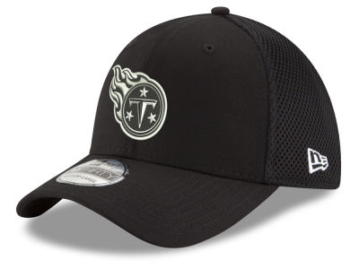 Tennessee Titans New Era NFL Black & White Neo 39THIRTY Cap