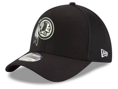 Washington Redskins New Era NFL Black & White Neo 39THIRTY Cap