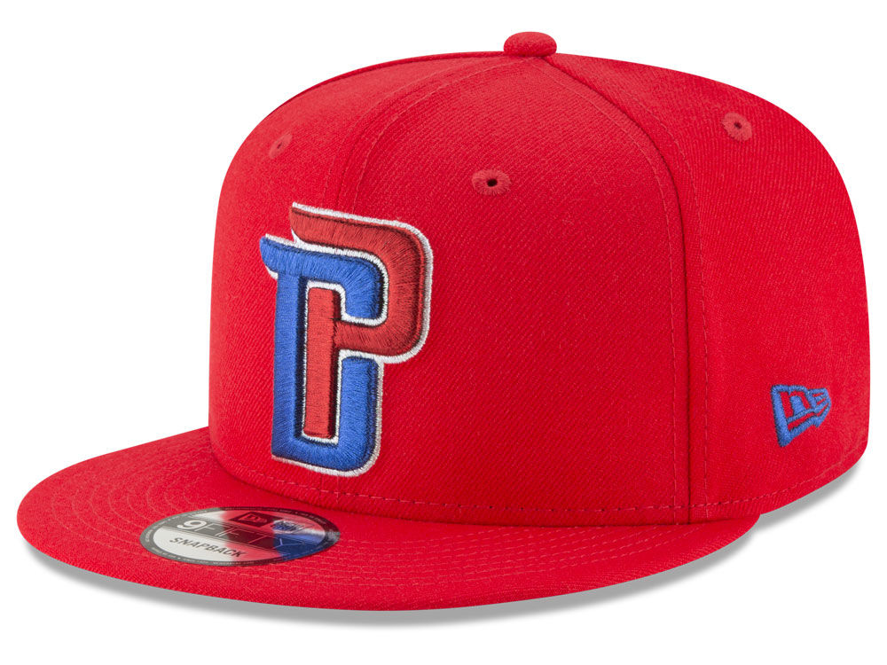 c1bdf7ebb0d94 Detroit Pistons New Era NBA Team Metallic 9FIFTY Snapback Cap
