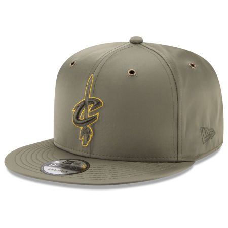 Cleveland Cavaliers New Era NBA Full Satin 9FIFTY Snapback Cap