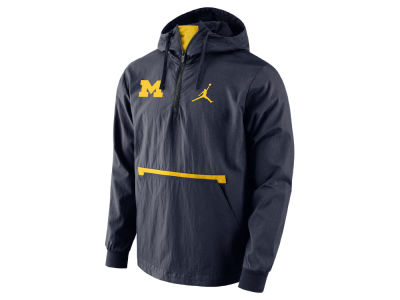 Michigan Wolverines Nike NCAA Men's Packable Woven Jacket