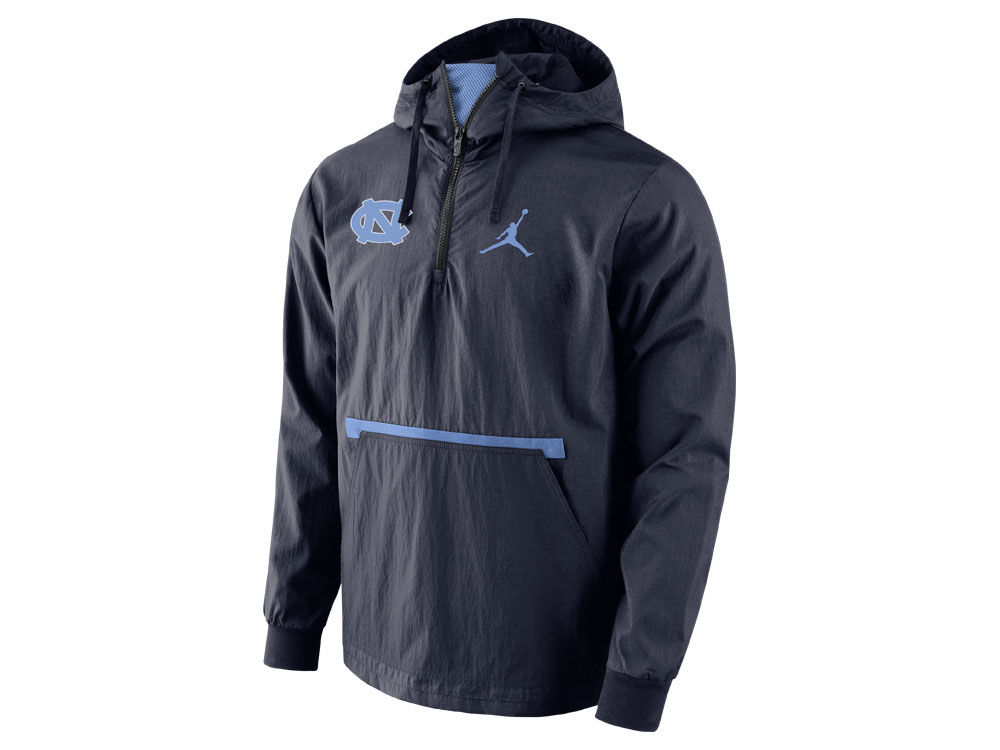 2f4fdaa6ce North Carolina Tar Heels Nike NCAA Men s Packable Woven Jacket ...