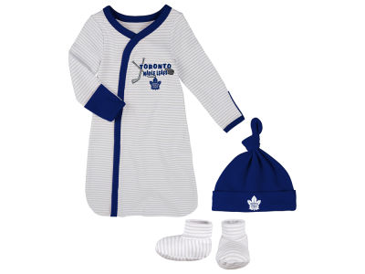 Toronto Maple Leafs Outerstuff NHL Newborn Kicker Gown, Hat & Bootie Set