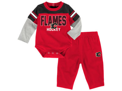 Calgary Flames NHL Infant Post Game Set