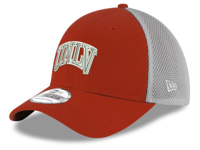 UNLV Runnin Rebels New Era NCAA Mesh Back Gray Neo 39THIRTY Cap
