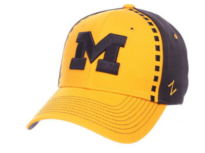 Michigan Wolverines Zephyr NCAA Pattern Pipe Stretch Cap