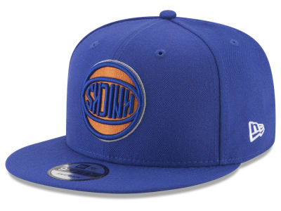 New York Knicks New Era NBA Flip It 9FIFTY Snapback Cap