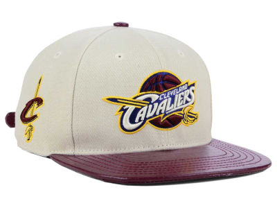 Cleveland Cavaliers Pro Standard NBA Eggshell Strapback Cap