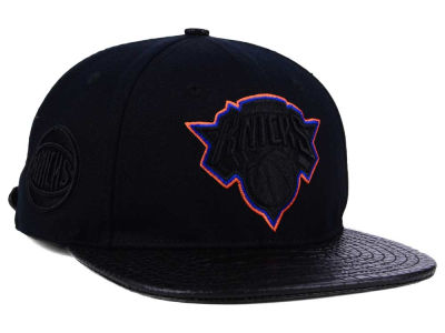 New York Knicks Pro Standard NBA Blackout Strapback Cap