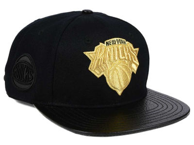 New York Knicks Pro Standard NBA Gold Strapback Cap